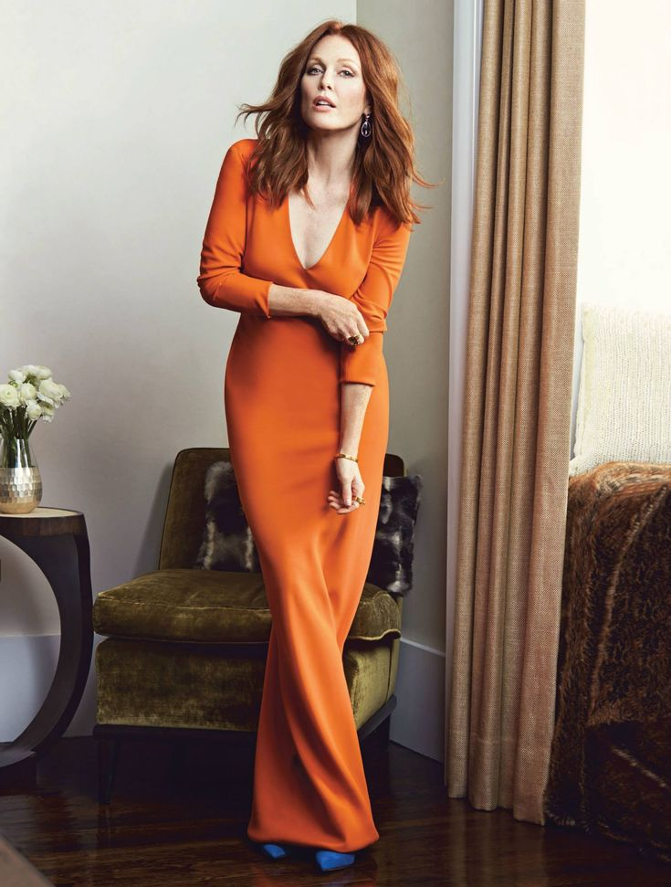 wearcolor: edenliaothewomb: Julianne Moore, photographed by Mark Abrahams for More magazine, Nov 2014.