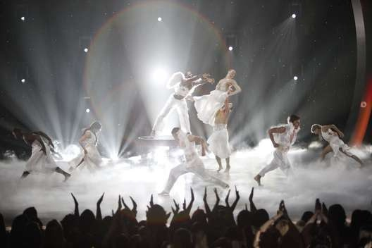 Top8 (Choreographed by Mandy Moore)