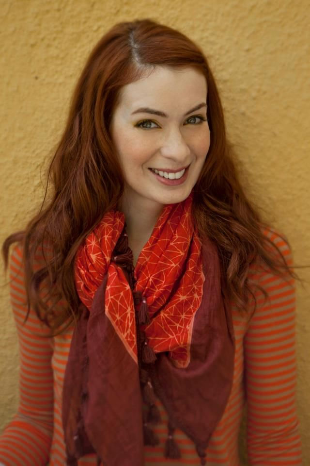 All I want in life is to marry Felicia Day.. why is that so wrong? <---- I hear you fellow pinner
