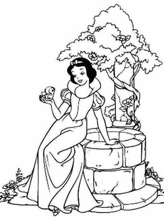 Princess Snow White And Bird Disney Coloring Page