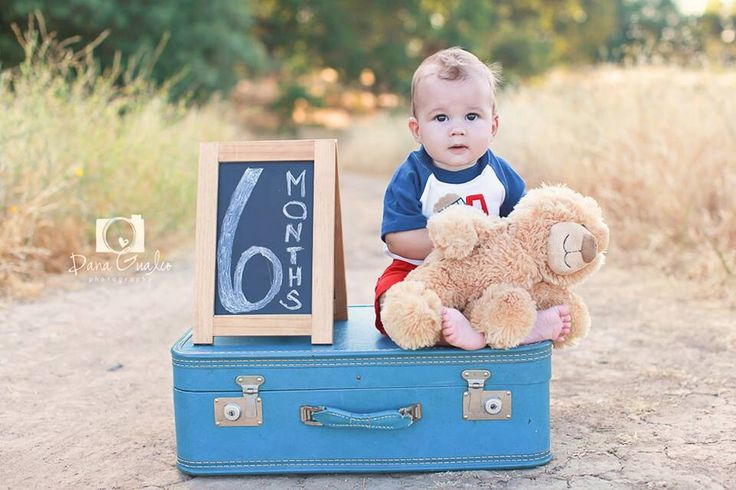 6 month photos for baby. Six month photography. Baby boy photography. Sacramento Photographer.