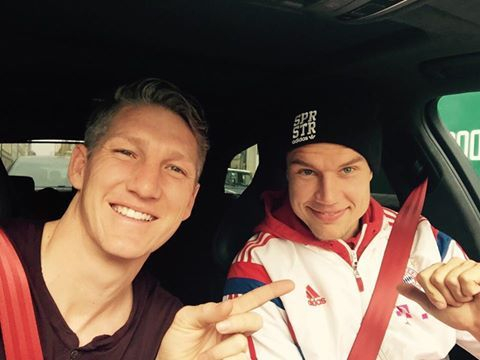 Bastian Schweinsteiger wishing Holger Badstuber happay birthday...