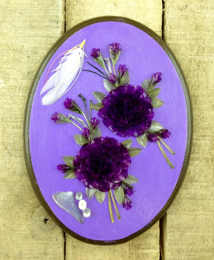 Every scale in this gorgeous, Purple-themed Fish scale wall hanging was individually hand-dyed and meticulously arranged to create this exquisite piece of art. This piece in particular also features a mini feather. #Esawa #FishScaleArt #Handmade #Feather