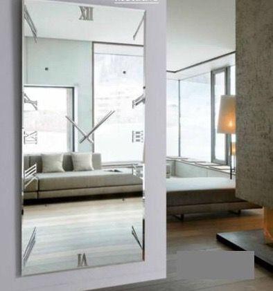 Ønsker deg en fin fredag😘 Klokkespeil modell MURANO⏱ Se vårt store utvalg av speil og interiør på: www.mirame.no  #speil #klokke #lys #stue #gang #garderobespeil #veggspeil #farger #shabbychic #mirame #pris  #interior #interiør #design #nordiskehjem #vakrehjem #nordiskdesign  #oslo #norge #norsk  #bilde #speilbilde #klokke #klokkespeil #speilmedklokke #rom123 #nyheter #fredag #endeligfredag #murano