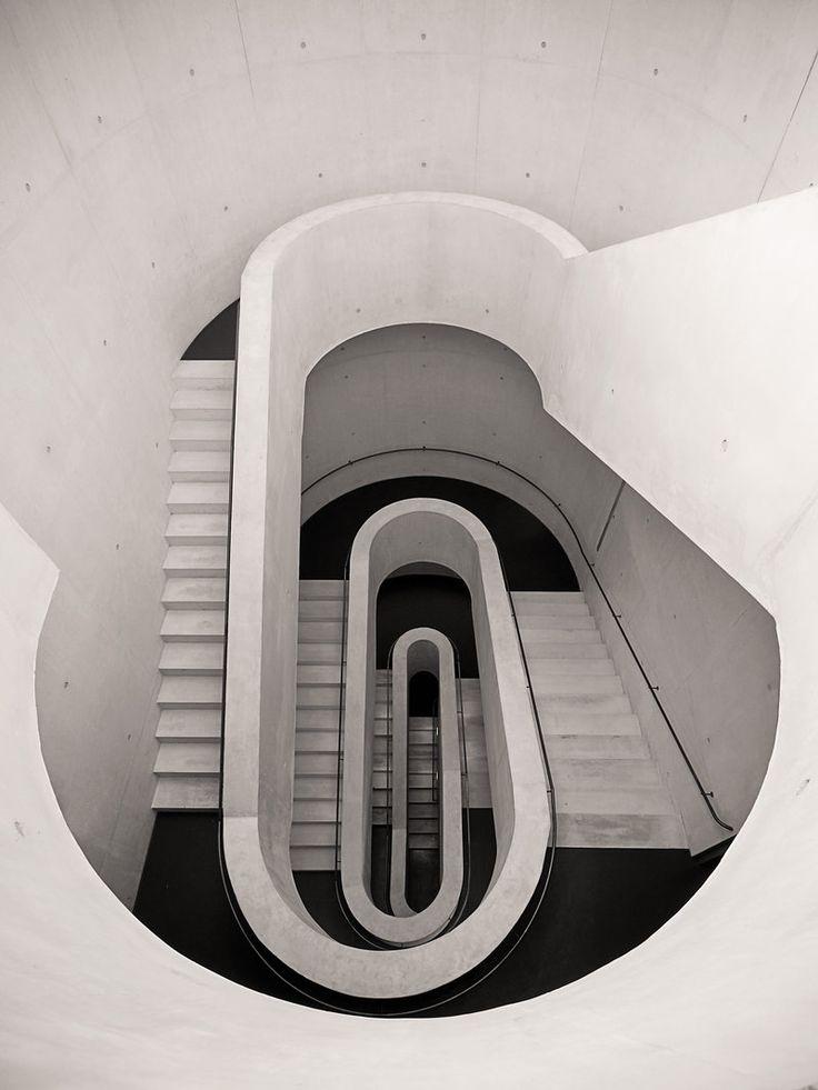 architecture - wonderful dog leg staircase - not always found with semi circle landing - needs careful design