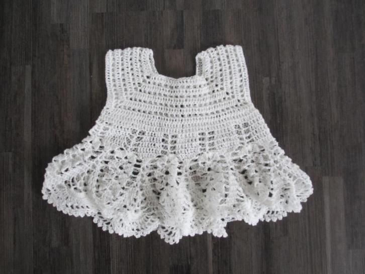 gehaakt jurkje