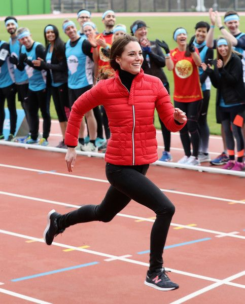 Kate Middleton Photos Photos - The Duchess of Cambridge competes against The Duke of Cambridge and Prince Harry during the Team Heads Together at a London Marathon Training Day at the Queen Elizabeth Olympic Park on February 5, 2017 in London,  England. - The Duke
