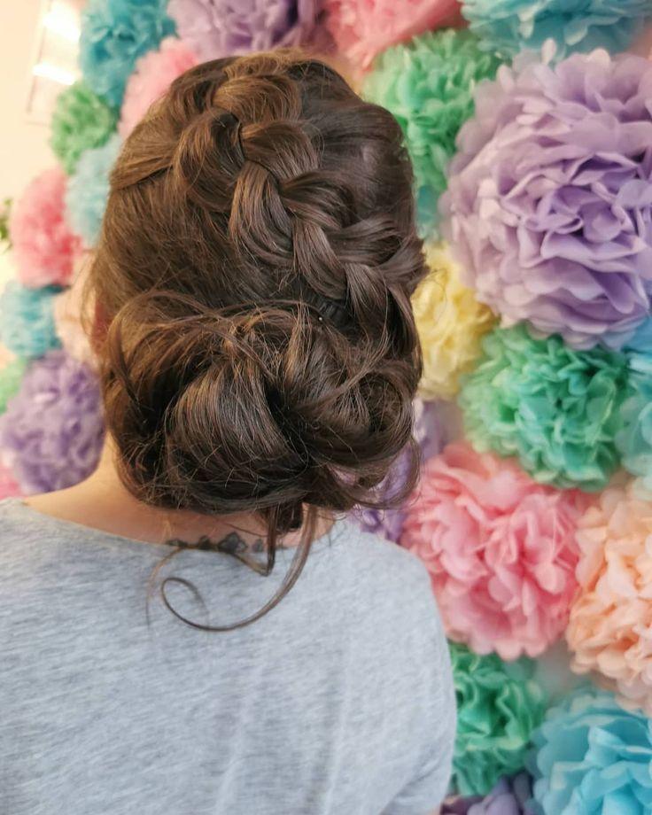 When Braids R Life Thin Hair Don T Care Samanthamccrae Updos For Daysss Hairup Hairupdo Weddinghair Updo Brai Sac Stilleri Sac Sekilleri Sac