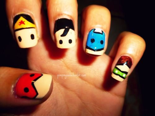 Bahaha super heroes!! Too cute! There is Wonder Woman, Superman,  Captian America, and Green Lantern. How neat?