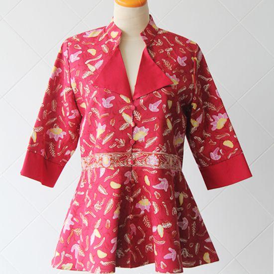 Batik Tulis Cirebon Kombinasi Katun | Ukuran Pundak: 38; Bahu: 12; Lingkar Badan: 95; Lingkar Pinggang: 90; Panjang Lengan: 40; Panjang Blouse: 69 | Rp 450.000