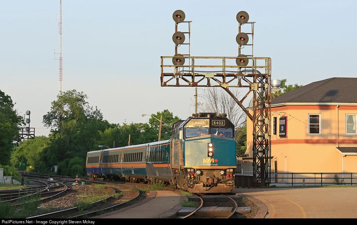 RailPictures.Net Photo: VIA 6402 VIA Rail EMD F40PH-3 at Brantford, Ontario, Canada by Steven Mckay