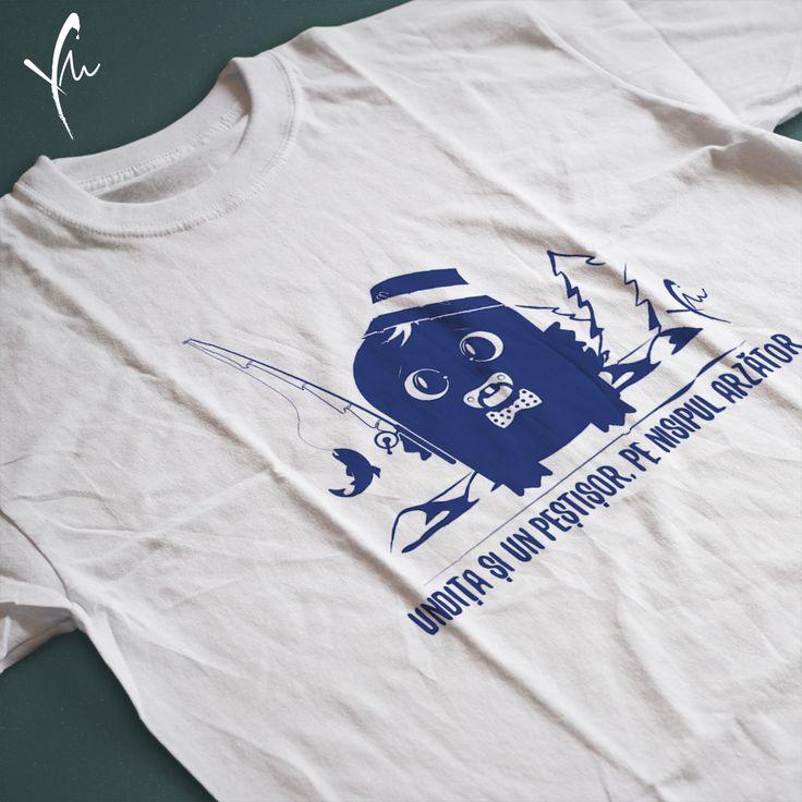 Tricou cu text imprimat: Undita si un pestisor, pe nisipul arzator. Il gasiti la http://ya-ma.ro/produs/undita-si-un-pestisor-tricou/
