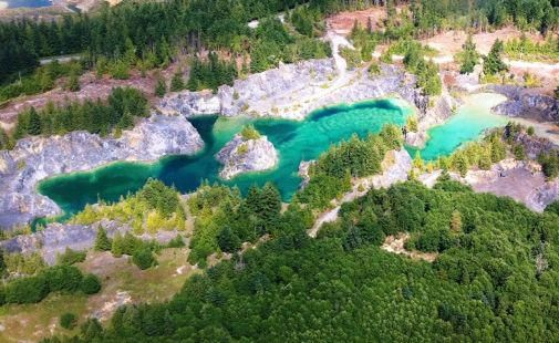 Heischolt Lakes on Texada Island is a flooded former limestone quarry