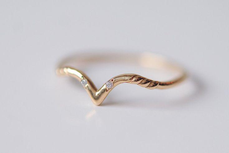 White Swan Ring