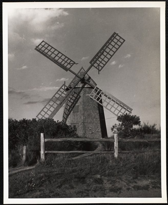The Old Mill, Nantucket c. 1930s. https://www.digitalcommonwealth.org/search/commonwealth:cc08hq72d #windmill