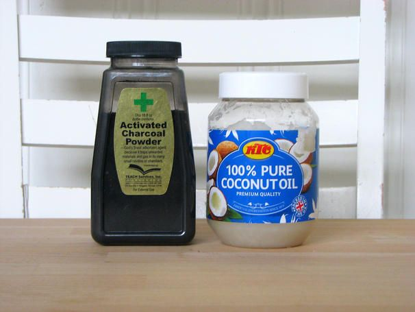 Whiten your teeth naturally with these 2 ingredients! Charcoal powder and coconut oil.