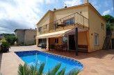Ferienhäuser in Tordera. Viele Ferienhäuser in Tordera verfügbar. Mieten Sie ein Ferienhaus in Tordera für einen wunderschönen Urlaub in Spanien.