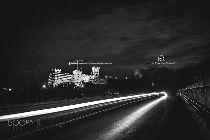 Castle of Battipaglia - Follow me on:  Fb:facebbok.com/enea.mds Twitter twitter.com/EneaHany Instagram: eneah.px Google+:plus.google.com/u/0/+EneaMedas