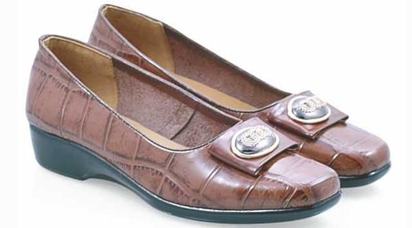 NEW EVERFLOW SHOES Women Formal shoes||Color Brown & Black that look great.So Cheap!