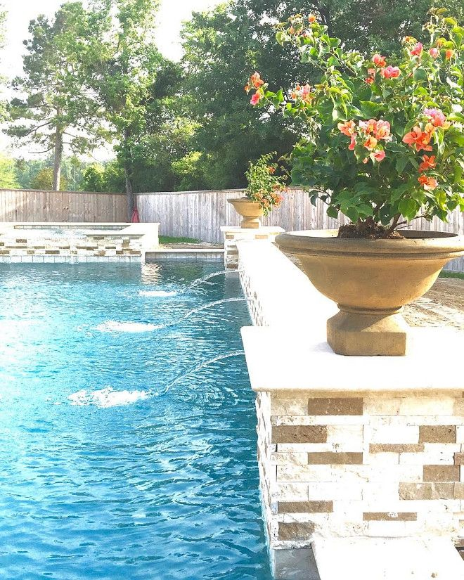 Pool Planters. Pool fountain and planters. Pool #poll #planters #fountain Beautiful Homes of Instagram: classicstylehome