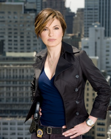Mariska Hargitay mmm she's so hot :)