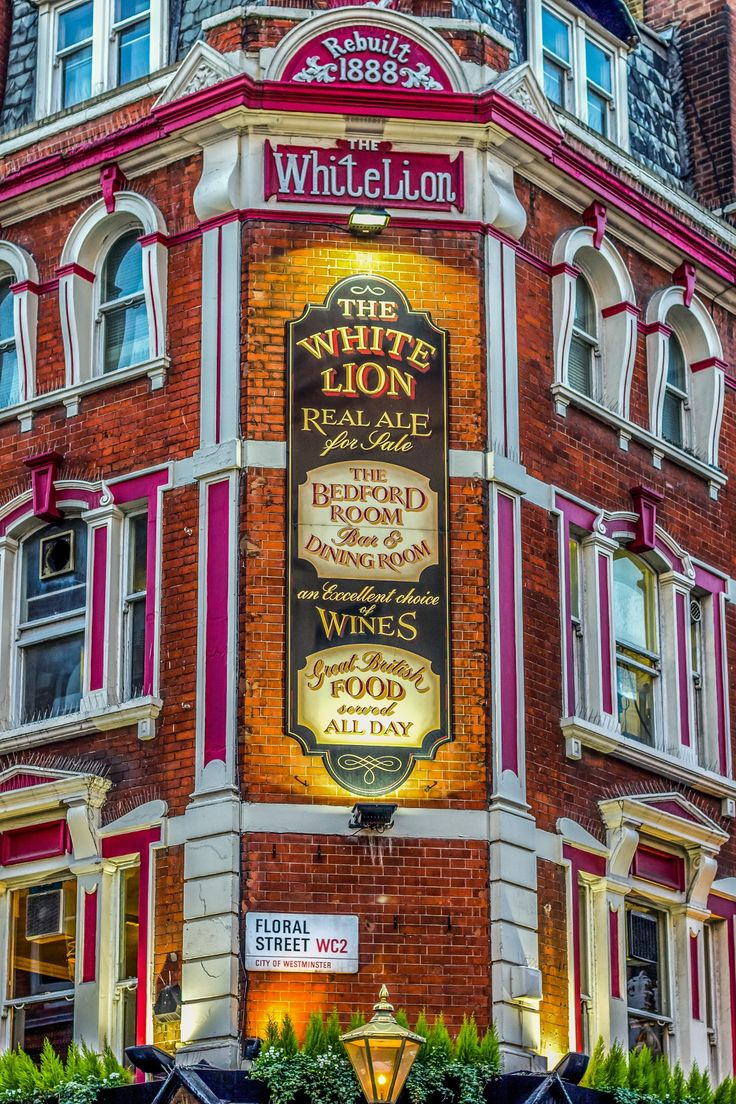 The White Lion Covent Garden by Ciaran Kelly on 500px