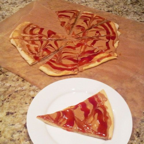 Goofy's Kitchen's Peanut Butter and Jelly Pizza -a fun and very easy alternative to a peanut butter and jelly sandwich lunch for kids.