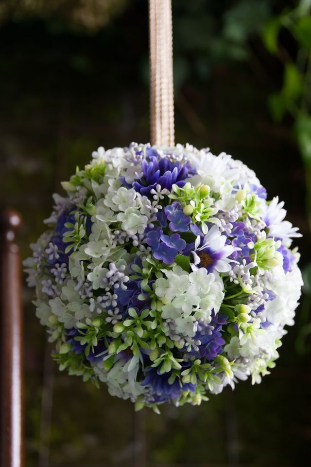 ウェディングブーケ|アートフラワー(造花)の和装ボールブーケ ホワイト×ブルー デージー ...