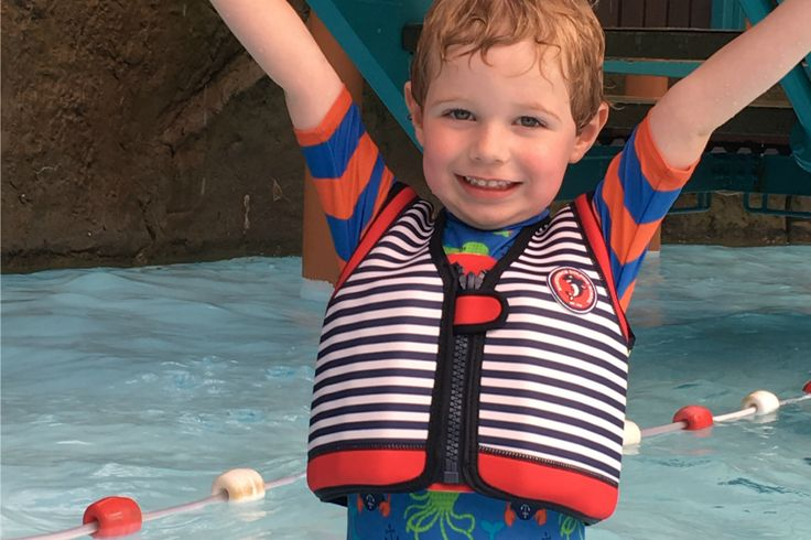 Review: Swim Jackets for kids from Konfidence