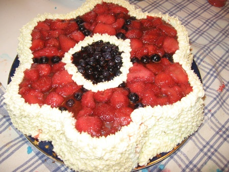 memorial day berry dessert