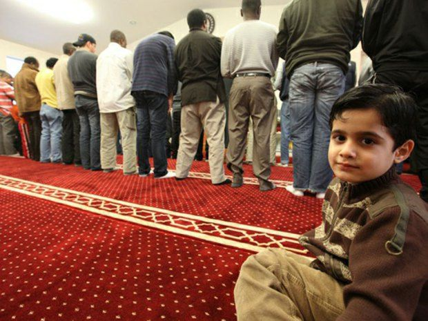 Muslim population is fastest growing religion in Canada