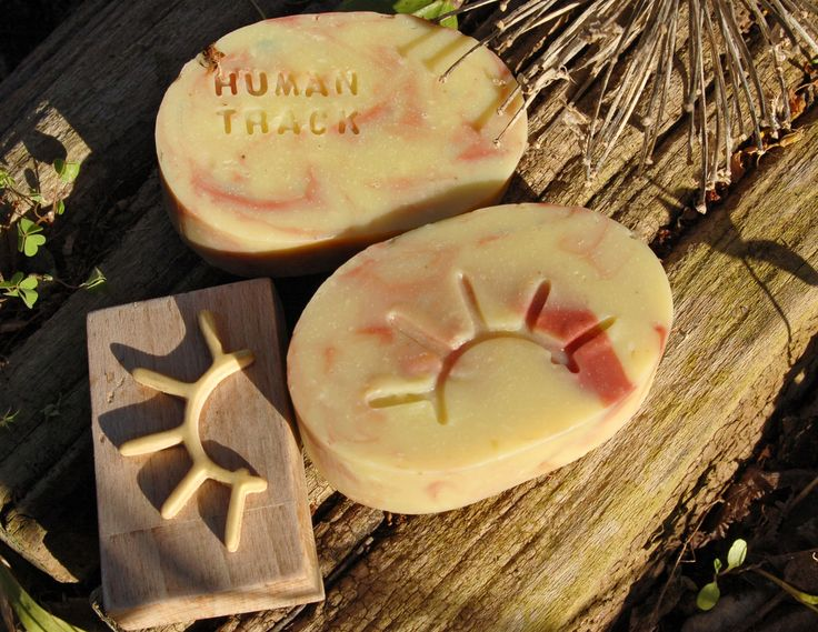 """- Aboriginals series - """"Human track"""" symbol Dim . 6x3,8 cm. Carving laminated plywood Poplar support (recycled cooking cutting board)."""