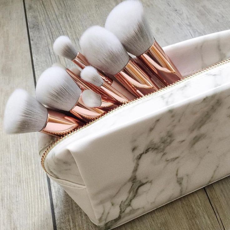 rose gold make up brush set + marble carrying case