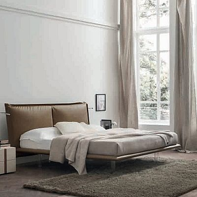 Contemporary, elegant 'Sheer' bed by Orme