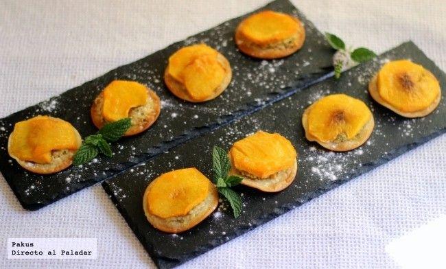 Pastelitos de melocotón, almendras y pistachos. Receta