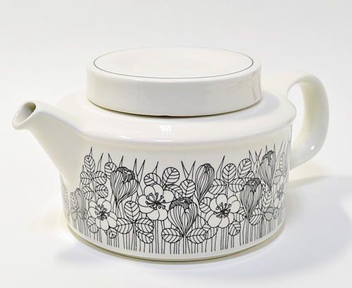 Arabia of Finland, Krokus, Esteri Tomula teapot