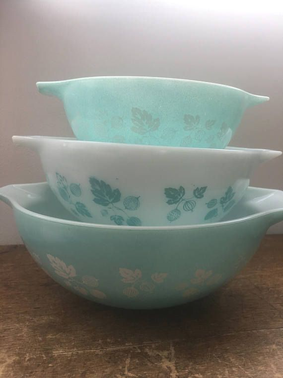 JAJ Pyrex Blue Gooseberry Cinderella Part Set Very Rare and