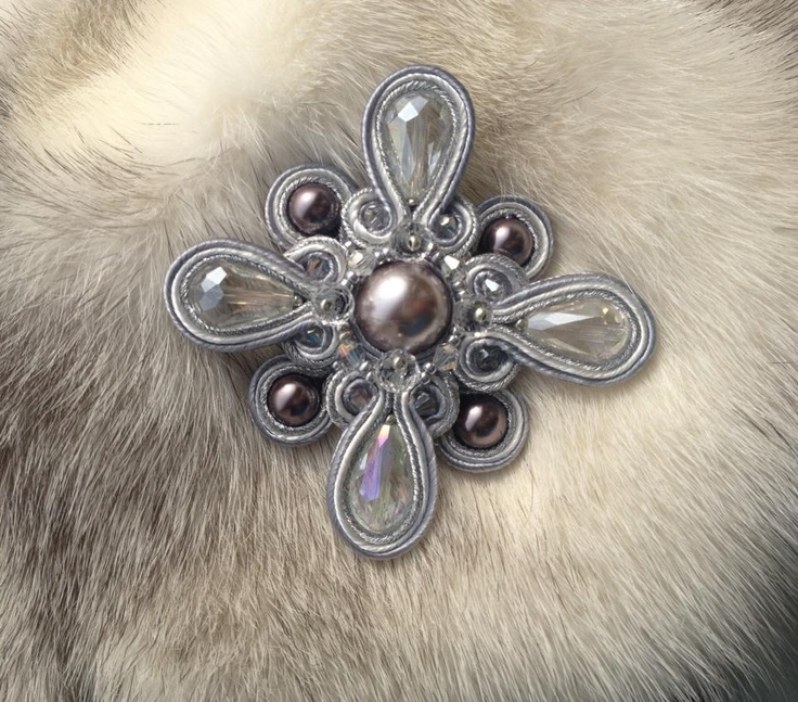 beautiful pin could be used for shoe clip or hair clip.