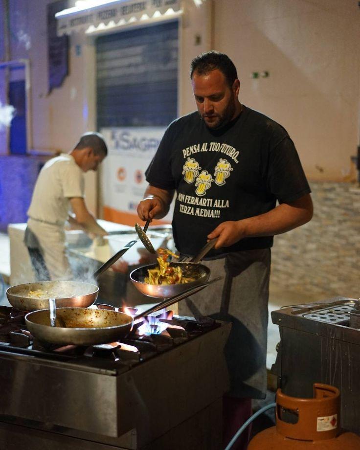 가는 날이 장날이라고 축제로구나 love this city #여행 #travel #이탈리아 #italy #시칠리아 #sicily #체팔루 #cefalu #cefalubeerstreet #축제 #festival #여행스타그램 #instatravel http://tipsrazzi.com/ipost/1505338336579402846/?code=BTkCT3Sl7xe