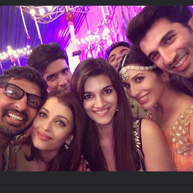 Click 'n' Pose: B-Town celebs ring in the Diwali, get clicked at Big B's bash! | PINKVILLA