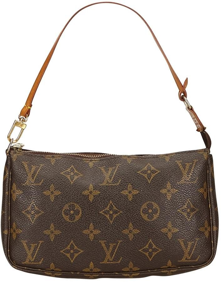 Pochette Accessoire Cloth Clutch Bag Where To Buy Kendall Jenner Shop Her Style Kendall J Louis Vuitton Louis Vuitton Clutch Bag Louis Vuitton Shoulder Bag