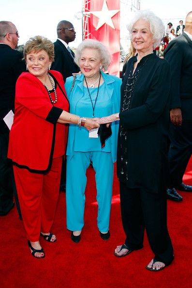 "(L-R) Actresses Rue McClanahan, Betty White and Beatrice Arthur arrive at the 6th annual ""TV Land Awards"" held at Barker Hanger on June 8, 2008 in Santa ... - Love them ALL !! Stay Golden."