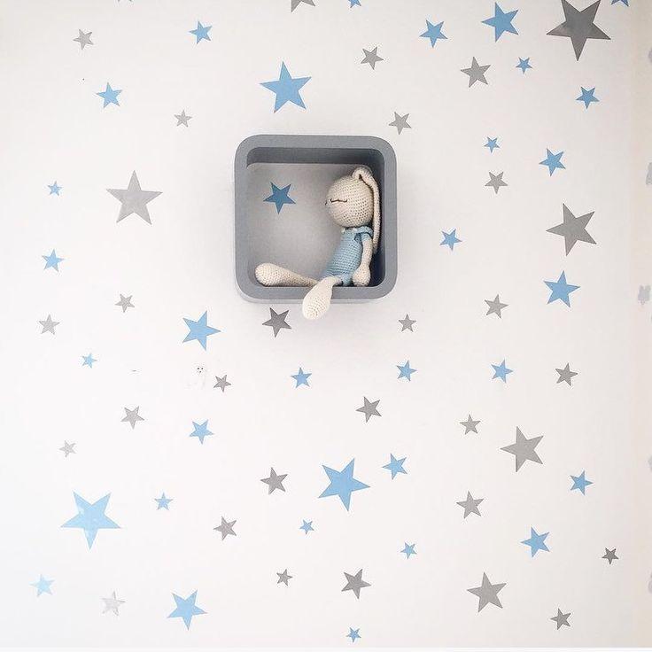 Estrellas plateadas vinilos infantiles estrellas for Pegatinas pared bebe