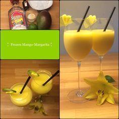 Frozen Mango Margarita 2 Portionen 1 reife Mango, Fruchtfleisch davon 1 Limetten, Saft davon 20 g brauner Zucker 20 g Orangenlikör (Contreau) oder Orangensaft 80 g Tequila 200 g Crushed I…
