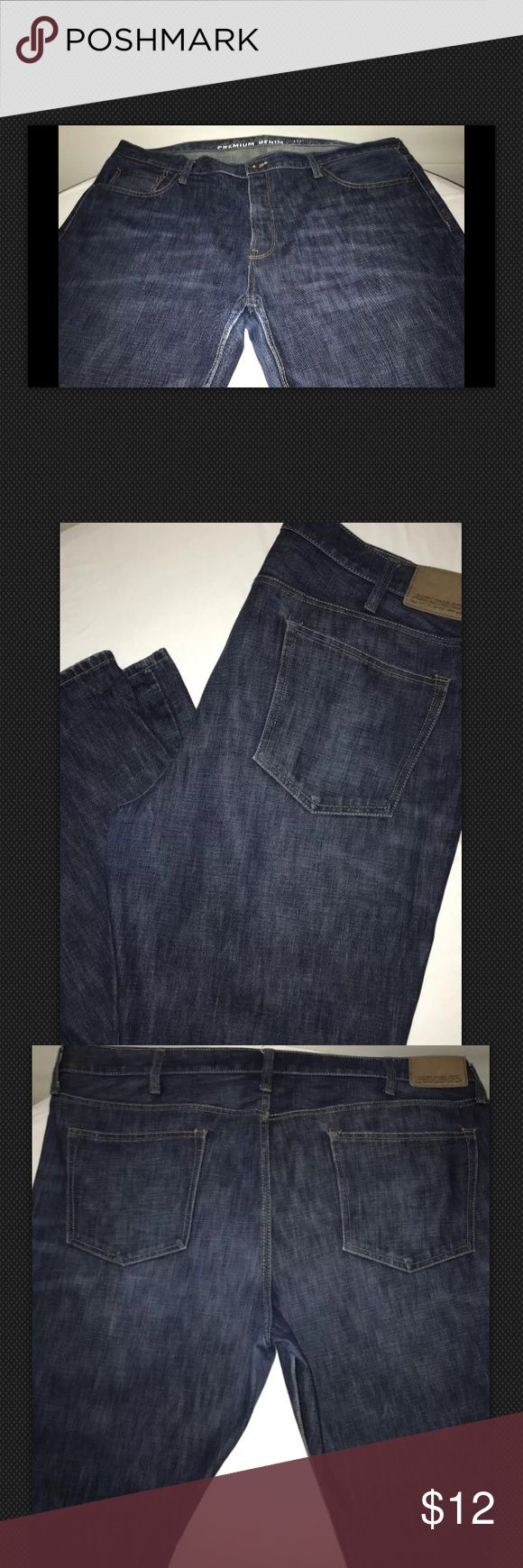 "One Pair of BIG & Tall Men's Old Navy 44x32 One Pair of BIG & Tall Men's Old Navy dark denim jeans. Nearly New~ a little scuff on back of Cuff ~. See photo 44x32"" Old Navy Jeans Bootcut"