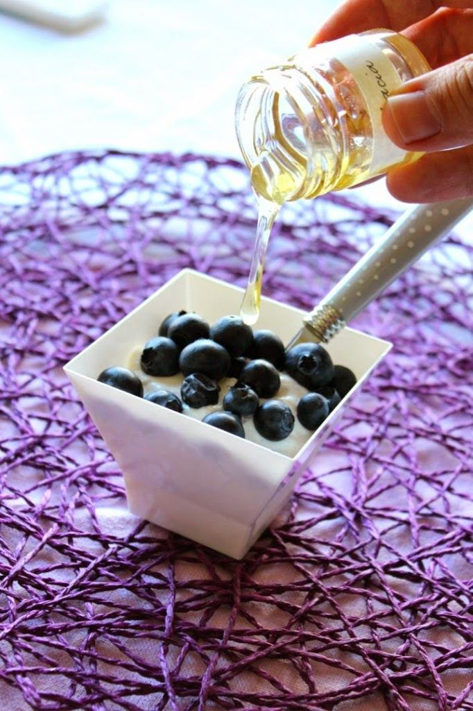 Mousse allo yogurt greco e miele - CooktheLook