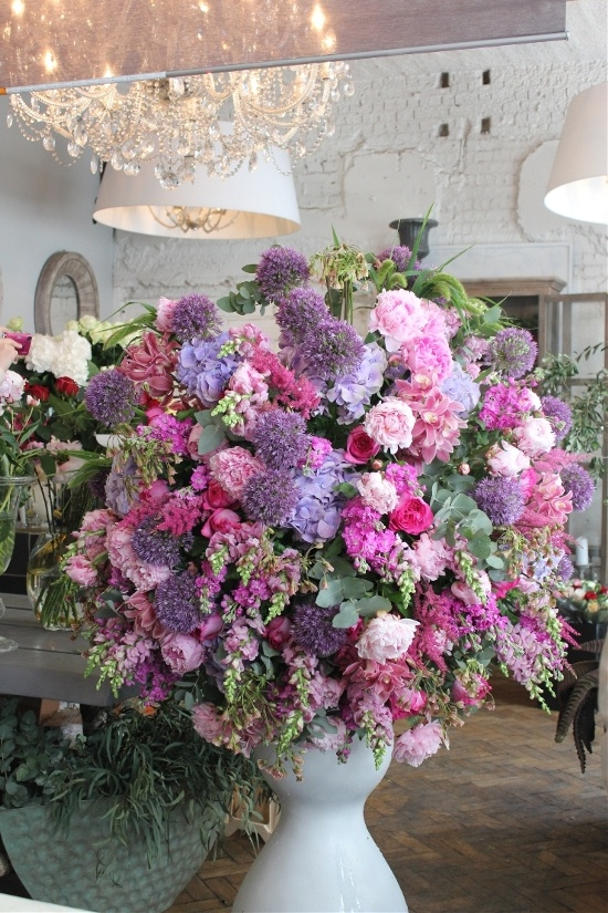 how to make wedding bouquets 232 best large flower arrangements images on 5005