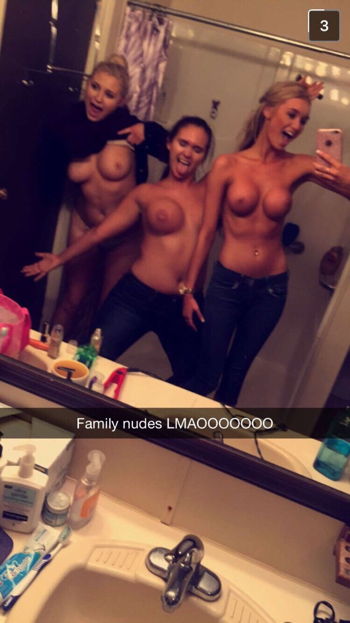 Just Some Nude Chix