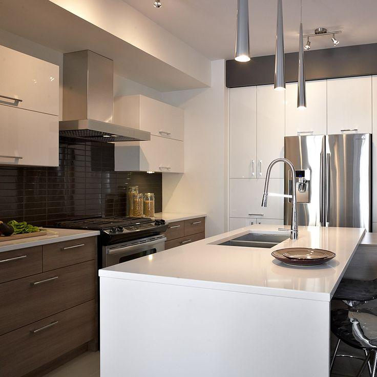 Les 25 meilleures id es concernant comptoirs de quartz sur for Voir les cuisines