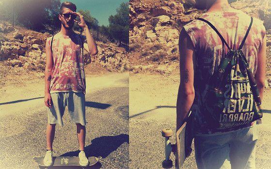 #rollerskate #bag #shorts #tshirt #pink